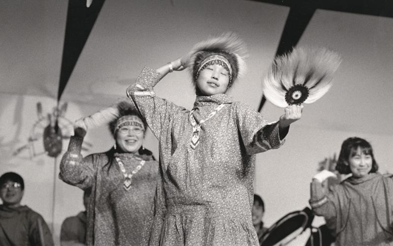 Yup´ik Yurapiaq and the Quyana (Thank You) Song Dance