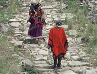 two Quechua men walking the Inka Road