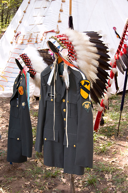 Patriot Nations: Native Americans in Our Nation's Armed Forces - war bonnets